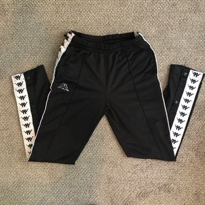 KAPPA BLACK SNAP PANTS LARGE